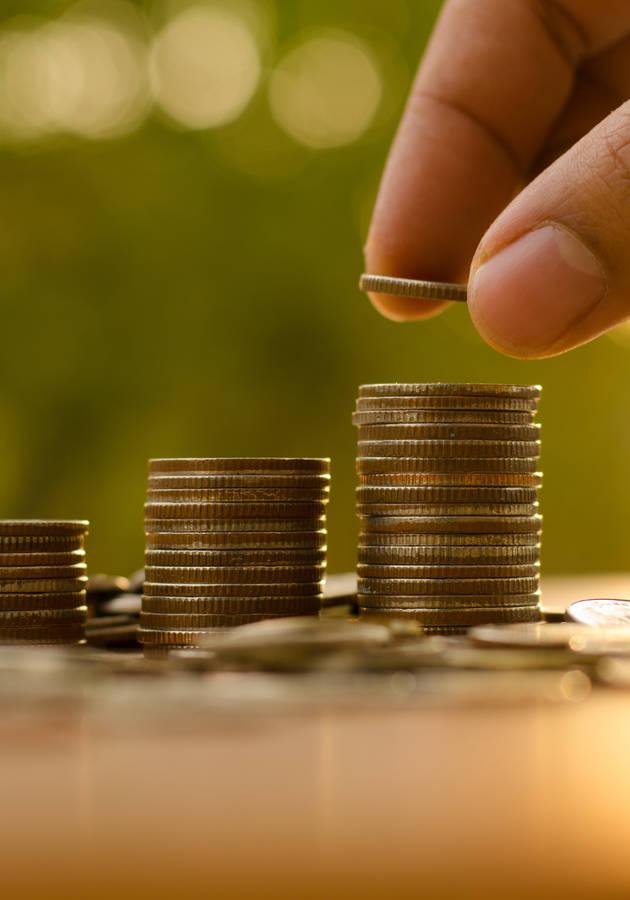 A Ascensão do Dinheiro Resumo