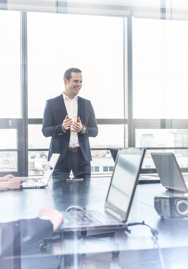 Como Chegar ao Topo nas Empresas Resumo