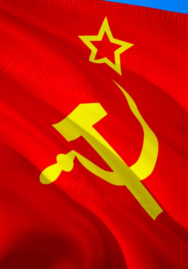 El Manifiesto Comunista Resumen
