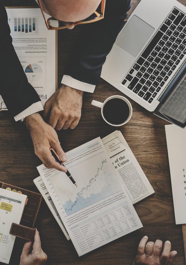 Guia 12min de ações e fundos Resumo