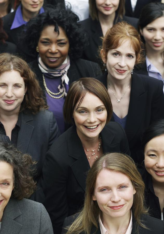 El país de las mujeres Resumen